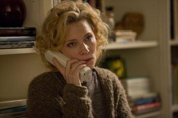 Truth: un'inquadratura che ritrae Cate Blanchett al telefono