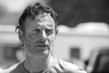 The Walking Dead: Andrew Lincoln in un flashback dell'episodio Come la prima volta