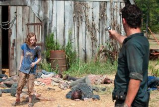 The Walking Dead: Rick spara a Sophia