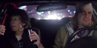 The End of the Tour: Jason Segel e Jesse Eisenberg in una scena del film