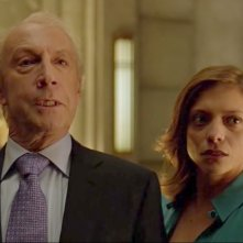 The Strain: Jonathan Hyde e Lizzie Brocheré in The Night Train