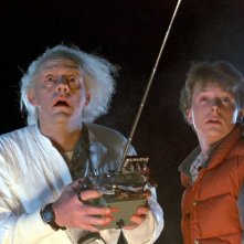 Ritorno al futuro: Christopher Lloyd e Michael J. Fox in una scena del film