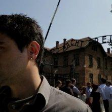 Memorie - In viaggio verso Auschwitz: un momento del documentario