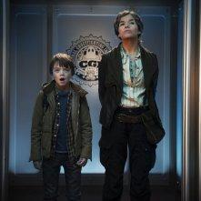 Ghosthunters - Gli acchiappafantasmi: Milo Parker e Anke Engelke in una scena del film