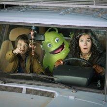 Ghosthunters - Gli acchiappafantasmi: Anke Engelke, Milo Parker e Hugo in una divertente immagine del film