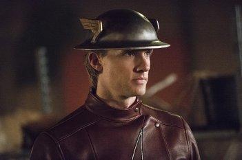 The Flash: l'attore Teddy Sears in una foto dell'episodio Flash of Two Worlds