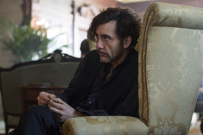 The Knick: l'attore Clive Owen nell'episodio Ten Knots