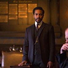 The Knick: l'attore André Holland in un'immagine della puntata Ten Knots