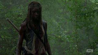 The Walking Dead: Danai Gurira interpreta Michonne nell'episodio Grazie