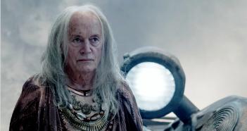 Garm Wars: L'ultimo druido, Lance Henriksen in una scena del film