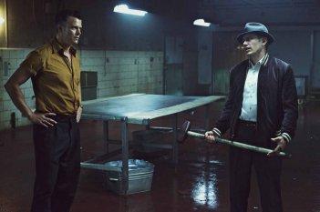 11/22/63: Josh Duhamel e James Franco in una scena della miniserie