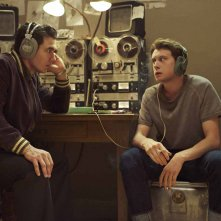 11/22/63: James Franco e George MacKay discutono in una scena