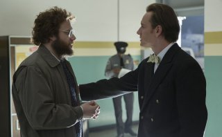 Steve Jobs: Michael Fassbender e Seth Rogen in una scena del film