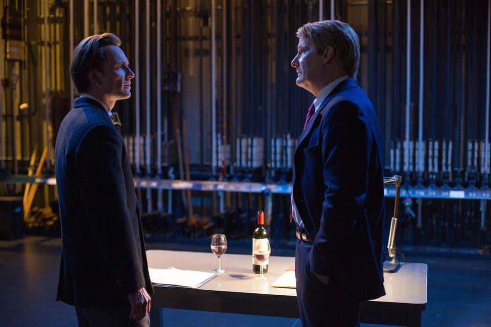 Steve Jobs: Michael Fassbender e Jeff Daniels in una scena del film