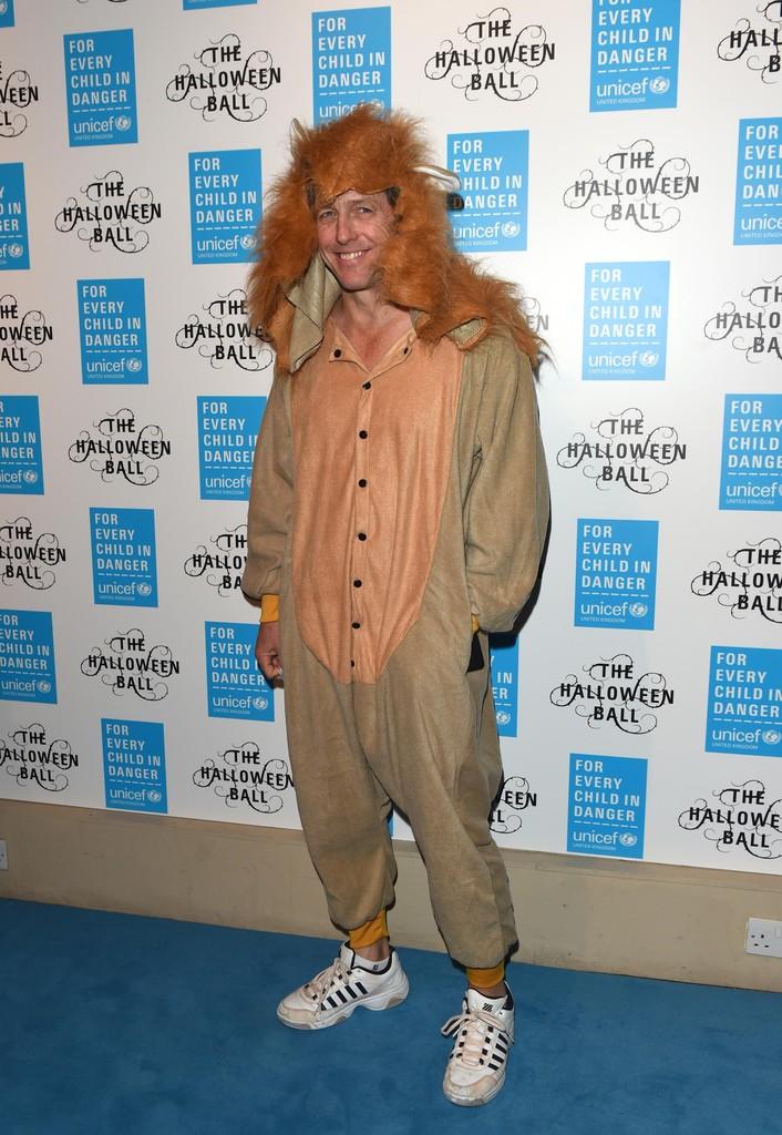 Hugh Grant mascherato per Halloween 2015