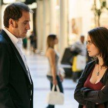 La felicità è un sistema complesso: Hadas Yaron e Valerio Mastandrea in una scena del film