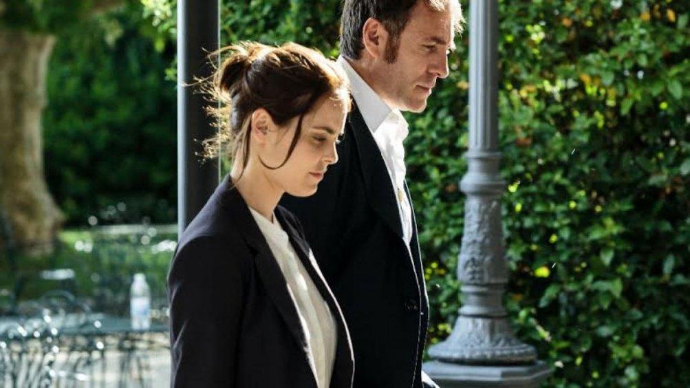 La felicità è un sistema complesso: Valerio Mastandrea e Hadas Yaron in una scena del film