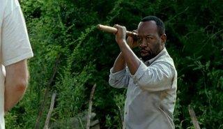 The Walking Dead: l'attore Lennie James in una foto di Qui non è qui