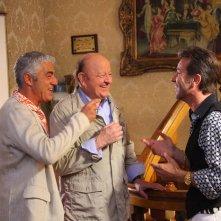 Matrimonio al Sud: Biagio Izzo, Massimo Boldi e Paolo Conticini in una scena del film