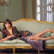 007 - Il mondo non basta: un'immagine promozionale con la splendida Sophie Marceau