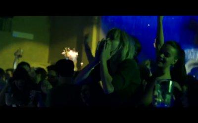 Alaska - Clip 'Capodanno in discoteca'