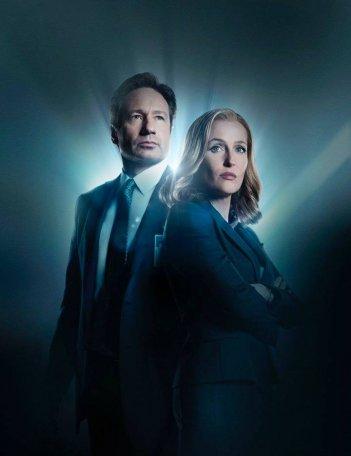 X-Files: David Duchovny e Gillian Anderson in una nuova immagine promozionale