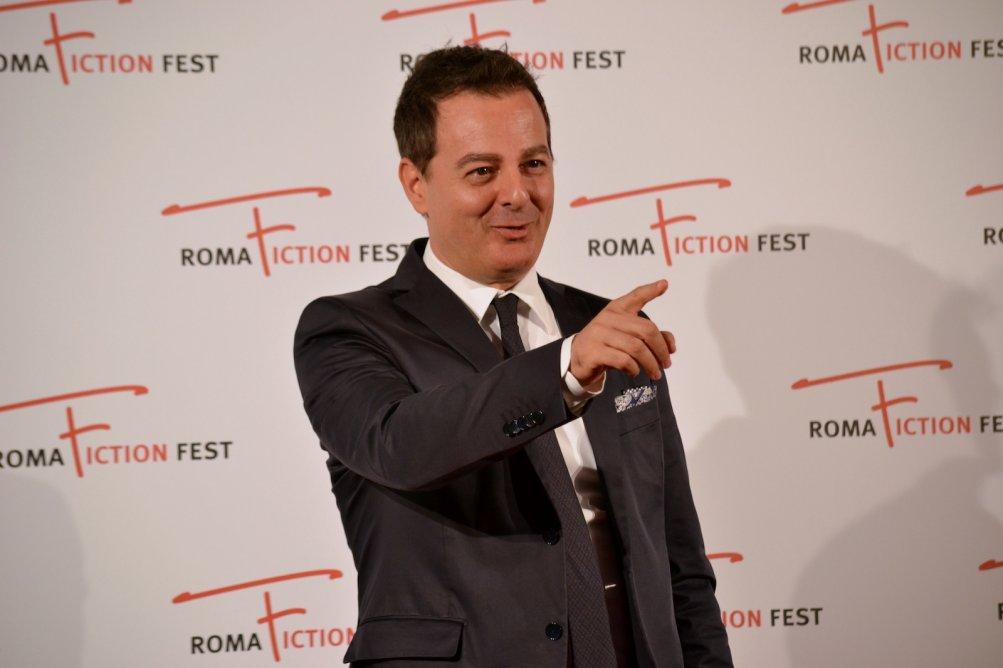 Roma Fiction Fest 2015: un immagine di Iginio Straffi sul red carpet a lui dedicato