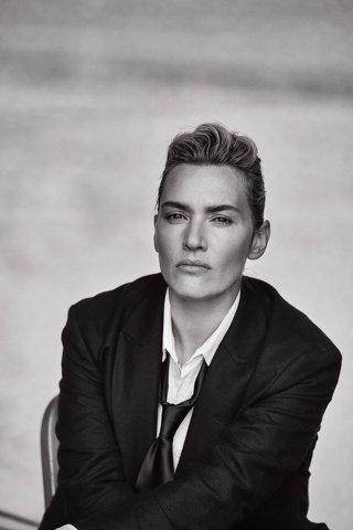 Kate Winslet fotografata da Peter Lindbergh per L'Uomo Vogue