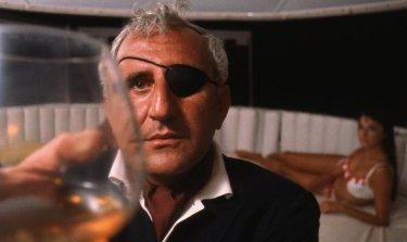 Agente 007, operazione tuono: un primo piano di Adolfo Celi