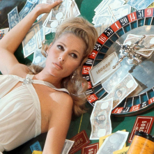 James Bond 007 - Casino Royale: Ursula Andress in una scena del film