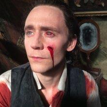 Crimson Peak - Tom Hiddleston sul set del film