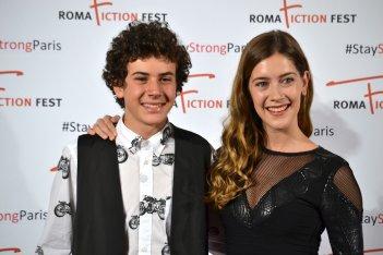 """Roma Fiction Fest 2015: Clara Alonso e MIrko Trovato in uno scatto al photocall di """"Lontana da me"""""""