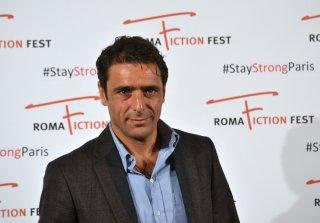 Roma Fiction Fest 2015: Adriano Giannini mentre posa al photocall di Limbo