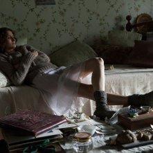 Antonia: Linda Caridi in una scena del film
