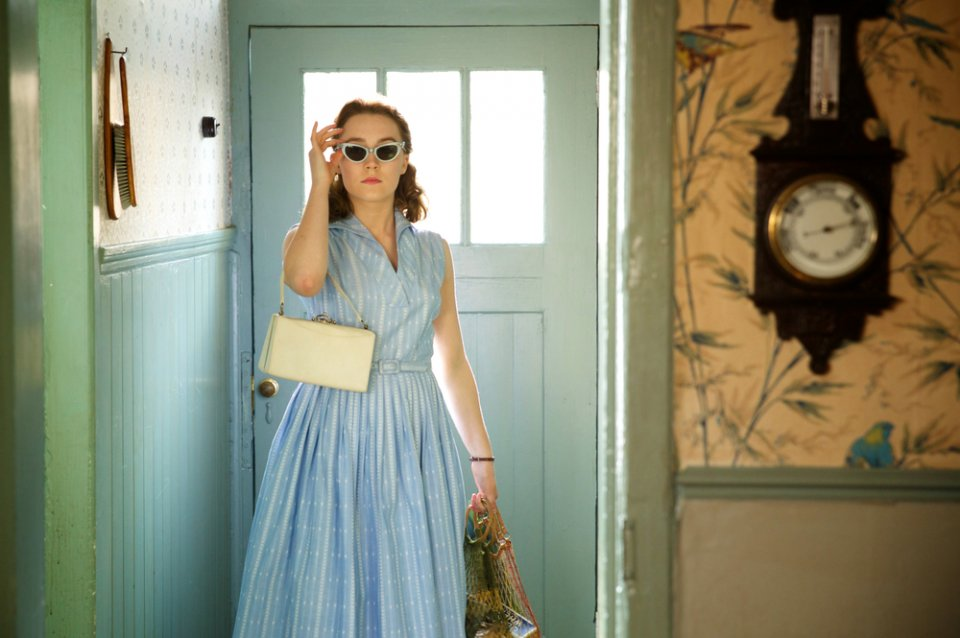 Brooklyn: Saoirse Ronan in un'immagine del film