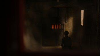 February: un'inquietante immagine tratta dal film