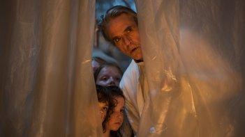 High-Rise: Jeremy Irons in una scena del film
