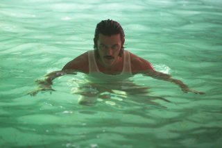 High-Rise: Luke Evans in una scena del film