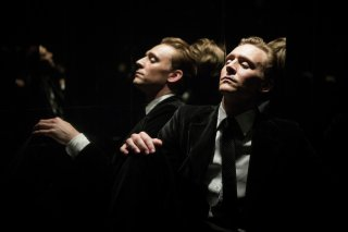 High-Rise: Tom Hiddleston in un'immagine del film
