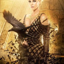 The Huntsman Winter's War: il character poster della Regina Ravenna interpretata da Charlize Theron