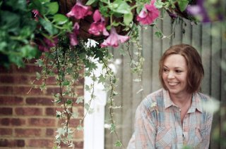 London Road: Olivia Colman in una scena del film