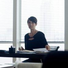 Jessica Jones: l'attrice Carrie-Anne Moss in una foto della serie Netflix