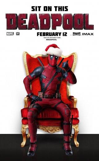 Deadpool in una particolare versione natalizia