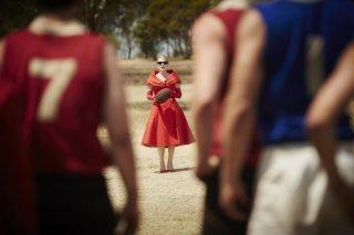 The Dressmaker: Kate Winslet in una suggestiva immagine del film