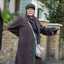 The Lady in the Van: Maggie Smith in una scena del film