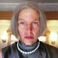 Resident Evil: The Final Chapter - Milla Jovovich mostra il trucco di Alice da vecchia