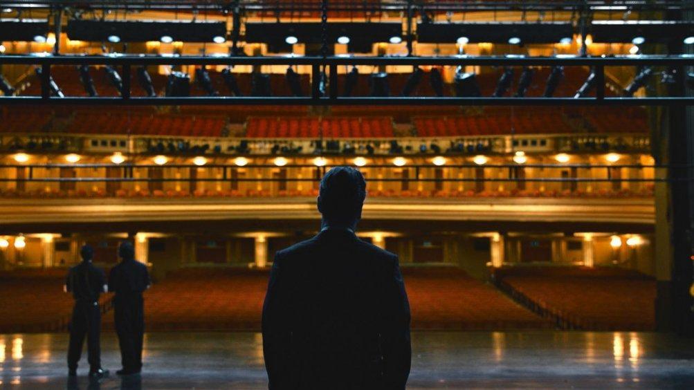 Steve Jobs: Michael Fassbender di spalle