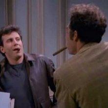 Michael Richards in una foto del crossover tra Innamorati pazzi e Seinfeld