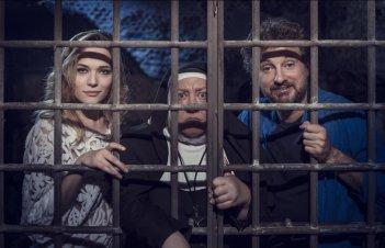 Il professor Cenerentolo: Laura Chiatti e Leonardo Pieraccioni in un'immagine promozionale del film