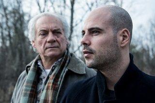 Un posto sicuro: Marco D'Amore e Giorgio Colangeli in una scena del film